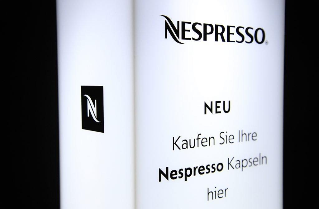 Leuchtsaeule für Nespresse, Werbetechnik